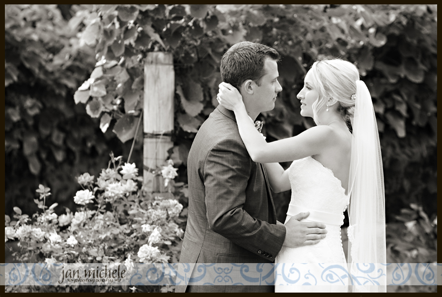 1 10 3016 Veritas Vineyard Wedding Photo - Charlottesville, VA