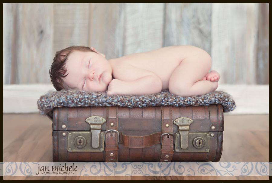 31Jacksonville FL Newborn Baby Picture