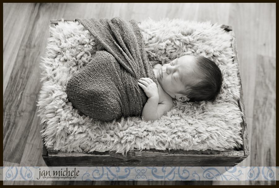 022newborn baby boy