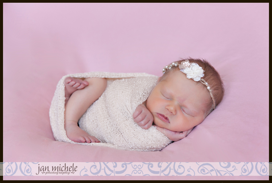 02.jpg best Ashburn newborn photographer