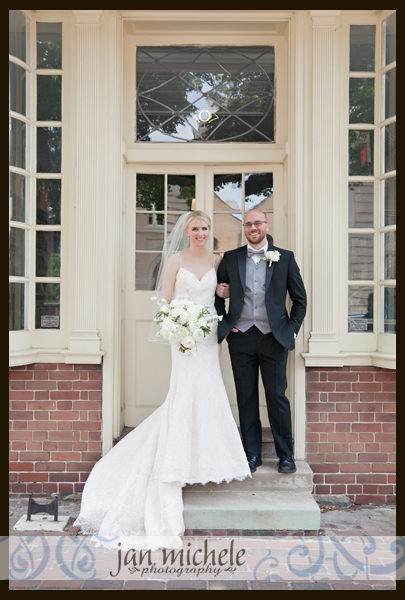 3027 Woodlawn Wedding picture
