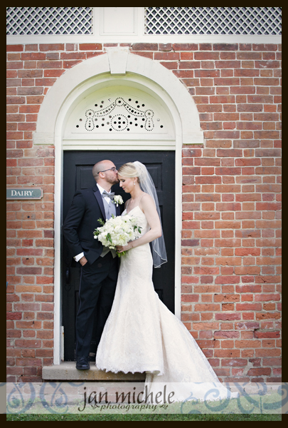 5059 Woodlawn Wedding picture