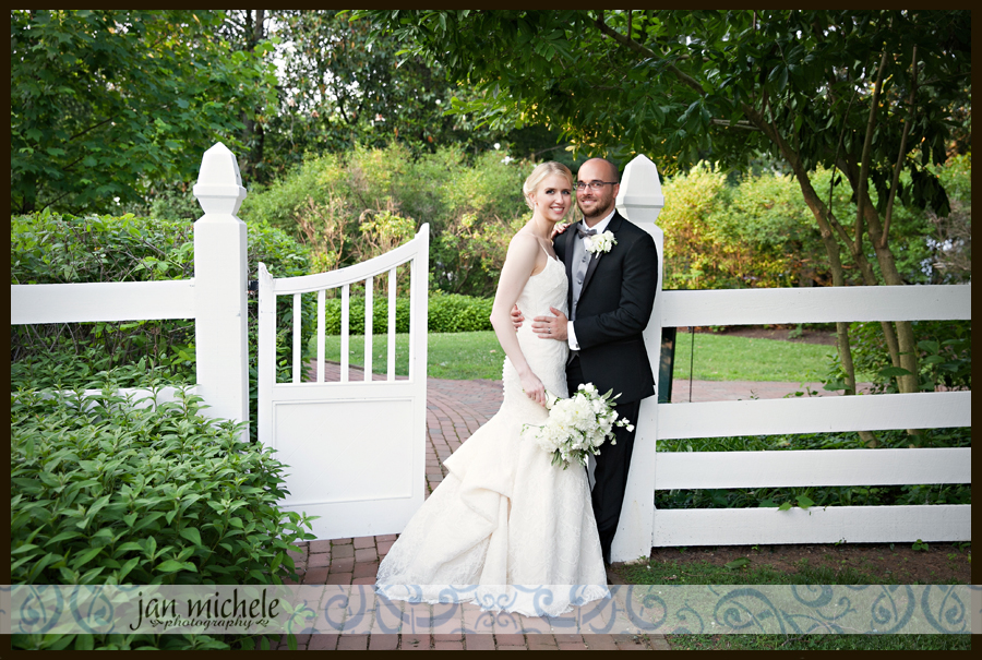 5097 Woodlawn Wedding picture