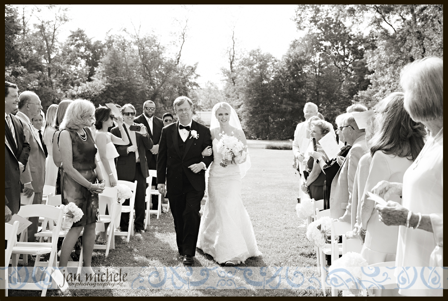 6071 Woodlawn Wedding picture